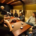 Parast pikki tunde trenni, uues Hiina teemajas lõõgastumas